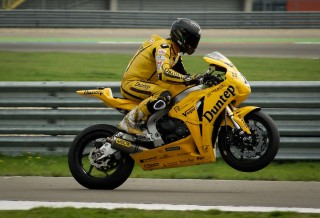 person-motor-racing-motorbike-motorcycle
