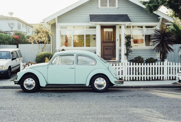 house-car-vintage-old